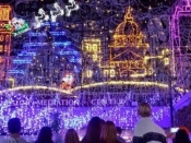 11. Mozart's Holiday Lights!